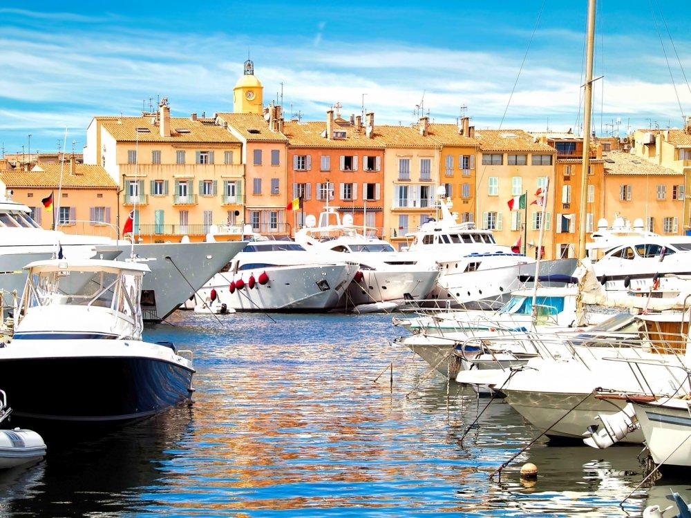 Corona Saint Tropez